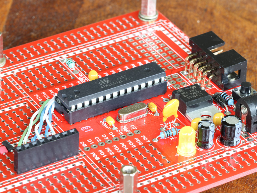 Wiring up 28 pin AVR development board